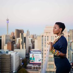 Thank you @miss_dindie (stylist) @ntomk (makeup artist) @bontleaccessorize (neckpiece and bangles) @unathimbonambi (photographer) @sibahleafrica (event organizers) This makeover and sunset shoot was truly the highlight of my Month so far  #forthequeens #queenin #melaninmonday #mrsceo #winner #grateful #renewed #refreshed #bontlefela #bontleaccesorize #randlords #joziphotoshoot #sunsetshoot #chasingthelight