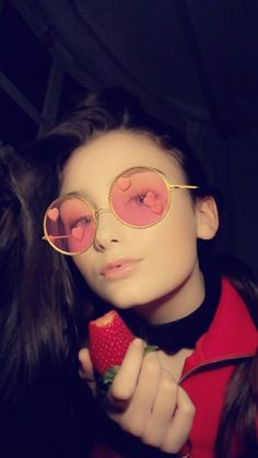 Snapchat Ideas, Ace Family, Teenage Girl Photography, Hijabi Girl, Girl Photos, Round Sunglasses, Poses, Instagram, Style