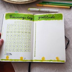 "Gefällt 3 Mal, 1 Kommentare - Leona (@journaling_with_carameleo) auf Instagram: ""Trainingslog & Gratitude Spread #trainingslog #gratitudespread #bulletjournal"" Bullet Journal, Gratitude, Journaling, Training, Instagram, Caro Diario, Grateful Heart, Work Outs, Excercise"