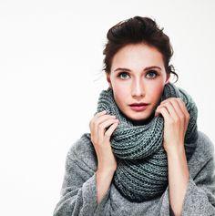 I'm loving infinity scarves, so warm!