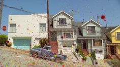 Video: 170,000 Bouncy Balls Going Down a Hill in San Francisco. Remember this? Xxc