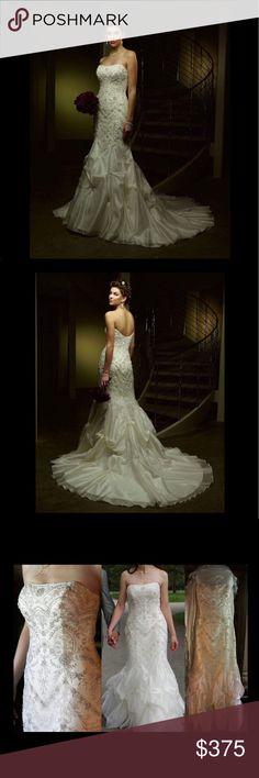 Casablanca 1871 Wedding Dress Only worn once. Ivory Dress. Casablanca Dresses Wedding