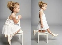 Ballerina shoes and that halter top dress. Love it.