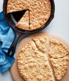 Skillet chocolate chip cookies from Martha Stewart are an even faster way to go from cookie dough to belly!
