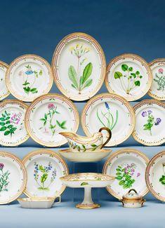 royal-copenhagen-danica-flora-service-porcelain-china-denmark-danish