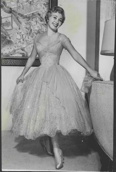 Jane Powell, Google Images, 50th, Ball Gowns, The Originals, Formal Dresses, Fashion, Ball Gown, Ballroom Gowns