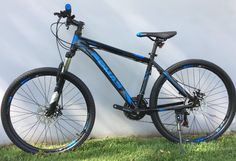 Aluminum 26″ SHIMANO 21-Speed Mountain Bike in Black with Blue