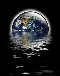 """Im Namen Allahs, des Allerbarmers, des Barmherzigen!  """"An jenem Tage wird der Mensch sagen: """"Wohin (könnte ich) nun fliehen?"""" Nein! Es gibt keine Zuflucht! (Nur) bei deinem Herrn wird an jenem Tage die Endstation sein. Verkündet wird dem Menschen an jenem Tage, was er vorausgeschickt und was er zurückgelassen hat.""""  (Sure 75:10-13)"""