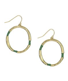 Tantalizing with a thread-wrapped design, these gilded earrings are sure to catch the eye of onlookers.