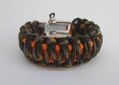 New Item!!! Autumn is HERE!!! :) #lifesavingbracelets #etsy #survivalbracelets  Survival bracelet King Cobra with metal shackle 2 colours by LifesavingBracelets on Etsy
