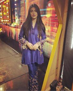 Pakistani Party Wear, Pakistani Wedding Outfits, Pakistani Girl, Pakistani Actress, Pakistani Dresses, Indian Outfits, Pakistani Dramas, Eastern Dresses, Muslim Women Fashion