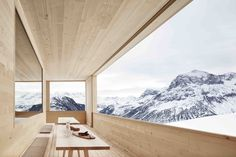 Ski lodge with a breathtaking mountain scenery Lech Bludenz district Vorarlberg Austria [20001333]