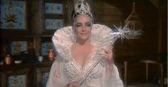 elizabeth taylor kék madár - Google keresés Elizabeth Taylor, Wedding Dresses, Google, Fashion, Bride Gowns, Wedding Gowns, Moda, La Mode, Weding Dresses