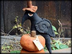 Halloween Crow FREE E-Pattern - by Country Crow