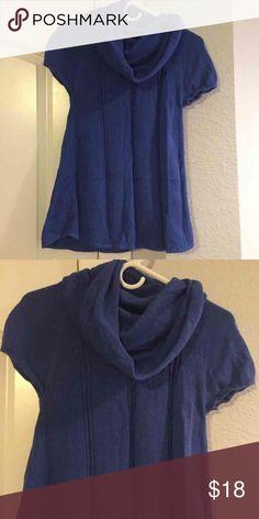 Ezekiel Cowl Neck Sweater Size Small Like new Ezekiel Cowl neck sweater size small! Super cute! Check out my closet too Ezekiel Sweaters Cowl & Turtlenecks