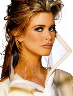 Claudia Schiffer, 80's/90's supermodel. #supers #elle #editorial