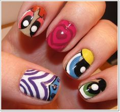 Easy-Nail-Art-Ideas-With-People-Motif-Cartoon