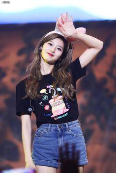 Nayeon, Twice Jyp, Twice Once, Kpop Girl Groups, Kpop Girls, Got7, Sana Minatozaki, Twice Sana, Dahyun