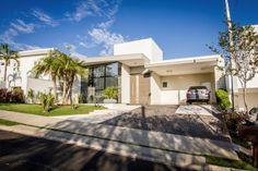 #casa #moderna #contemporânea #arquitetura #architecture  Veja fotos e informaçoes sobre o Projeto Residencial HP 03