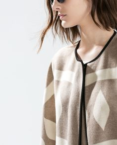 Todays Coveted Working Look: Zara Poncho Coat Zara United Kingdom, Zara United States, Poncho Mantel, Poncho Coat, Work Looks, Outerwear Women, Pullover, Winter Coats, Sweaters