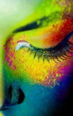 Sombras de ojos disponibles en deperfum.com al mejor precio!