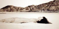 La artista china Cui Xiuwen estará en el MAV de #LaTadeo dentro de Fotografica Bogotá 2013 Art Chinois, Video Installation, Female Photographers, Contemporary Paintings, Van, China, Photography, Exhibitions, Scenery
