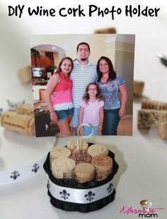 DIY Wine Cork Photo Holder - Check out more at www.MoscatoMom.com