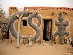 Africa | Dogon house in Mopti, Mali | ©Daniel W, via flickr