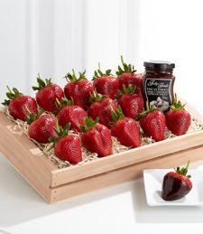 The Strawberry Decadence Gourmet Gift is the perfect unique Valentine's gift. With 15 large strawberries delivered with chocolate dipping sauce in a wooden crate. Valentines Day Food, Valentine Treats, Valentine Day Love, Valentine Day Crafts, Gourmet Food Gifts, Gourmet Gift Baskets, Chocolate Dipping Sauce, Flowers For You, Easter Celebration