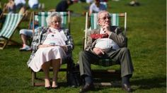 Triple-lock: Call for pensions policy to be revamped  BBC News
