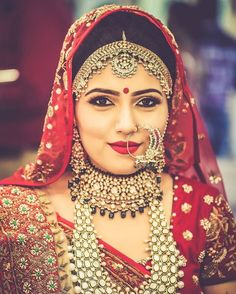 Polki is love!  #wedding #jewellery #jewelry #polki #kundan #mathapatti #nath #chocker #indian #bride #wedzo #beautiful