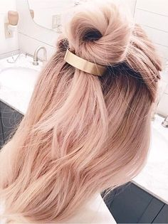 Add some giddy-up to the timeless pony with this modern matte clip! #NoMoreHairDonts
