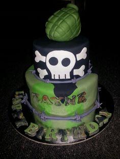 Camo/army boys cake