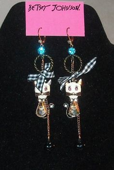 'Adorable Betsey Johnson Vintage Vicky Cat Earrings' is going up for auction at  9pm Sat, Feb 9 with a starting bid of $20.
