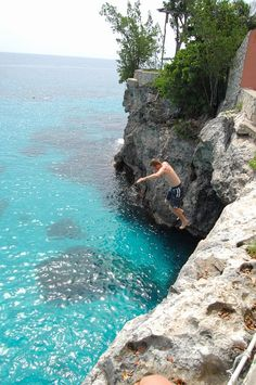 Negril, Jamaica- Cliff diving at Rick's  we are gonna go to Rick's... they say it has the best sunset view in the world! 1 of the 1000 places to go before you die!