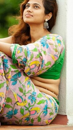 Tamil Actress Name List with Photos (South Indian Actress) Indian Actress Hot Pics, South Indian Actress Hot, Indian Actresses, Actress Photos, Indian Photoshoot, Saree Photoshoot, Beautiful Bollywood Actress, Most Beautiful Indian Actress, Beauty Full Girl
