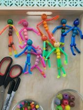 Handicrafts with pipe cleaner - 60 colorful ideas for a lot of handicraft fun t. - Handicrafts with pipe cleaner – 60 colorful ideas for a lot of handicraft fun tinker with pipe c - Bead Crafts, Fun Crafts, Arts And Crafts, Simple Crafts, Diy For Kids, Crafts For Kids, Family Crafts, Pipe Cleaner Animals, Pipe Cleaner Crafts