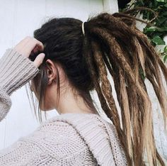 Find images and videos about style, hair and vintage on We Heart It - the app to get lost in what you love. Cute Dreads, Beautiful Dreadlocks, Dreads Girl, Dreadlock Hairstyles, Messy Hairstyles, Pretty Hairstyles, Black Hairstyles, Wedding Hairstyles, Natural Dreads