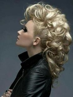 The latest curl look is modern and is oh so edgy, the mohawk curls style is a must tryLearn some tips here... #mohawkhair