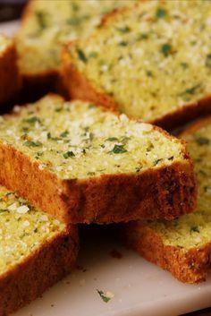 Cauliflower Garlic Bread Defies All Logic - Delish.com