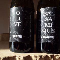 Design par JeanPaquette.ca designer graphique #olive #balsamic #simple #label #bottle #montrealfood #branding #typography #montreal Olives, One For The Money, Beverages, Drinks, Coke, Montreal, Coca Cola, Designer, Branding