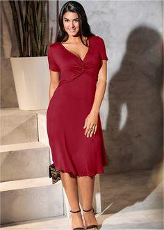 Vestido de viscose, decote transpassado vermelho escuro encomendar agora na loja on-line bonprix.de  R$ 119,90 a partir de Com este vestido encantador, você ...