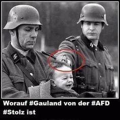 Leute, die SS von der Wehrmacht nicht unterscheiden können, glauben dir den Schwachsinn noch.
