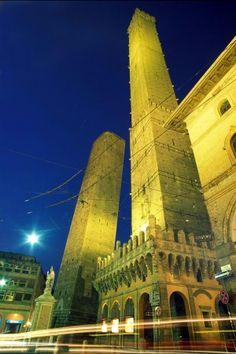 Bologna - Torri Asinelli e Garisenda