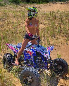 Atv Motocross, Motocross Girls, Dirt Bike Girl, Scooter Motorcycle, Motorbike Girl, Ski Doo, Atv Wheels, Chicks On Bikes, 4 Wheelers