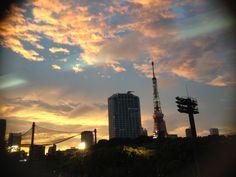 Tokyo tower and sun set
