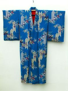 ☆ New Arrival☆ 'Women's #antique #blue #Japanese #silk #kimono with #floral pattern from #FujiKimono