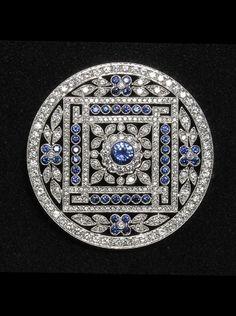 Belle Epoque Janesish Diamond and sapphire brooch