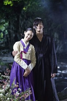 """Lee Yeon Hee Reunites with Choi Jin Hyuk on """"Gu Family Book""""  Watch the episode now!"""