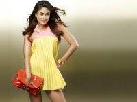 Kareena Kapoor Cute Wallpaper Kareena Kapoor, Bollywood Actress, HD, Bold, Beautiful, Hot, Sexy, Latest, Wallpapers, Cute, Images, Pictures, Photos, free, Download, Desktop, Background, 1080p